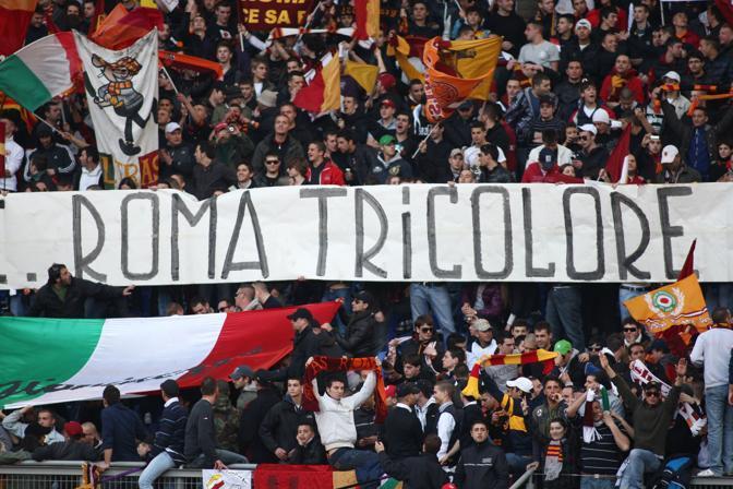 Roma-Inter 2-1: La curva sud trionfa (Ipa)