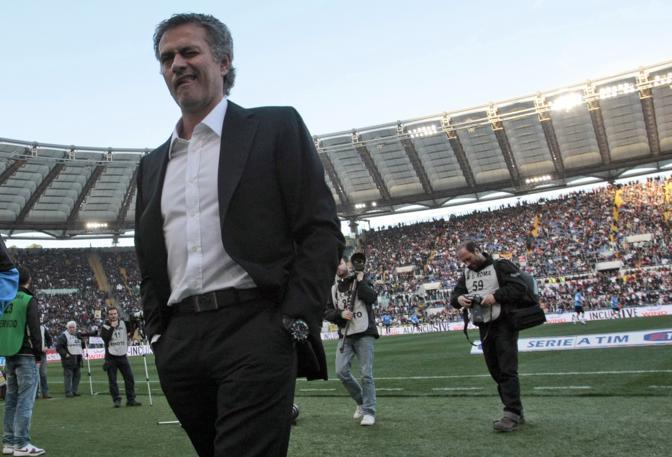 Roma-Inter 2-1: Mourinho al suo ingresso dentro lo stadio Olimpico di Roma (Ap)