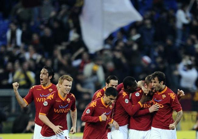Roma-Inter 2-1: festa giallorossa dopo il gol (Afp)