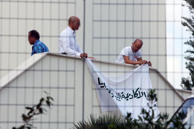 I preparativi nella a residenza dell'ambasciatore libico in Italia, Abdulhafed Gaddur, sulla via Cassia (foto Jpeg)