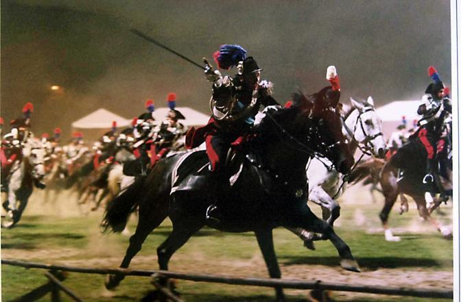 Il carosello dei carabinieri (foto Proto)sarà accompagnati dall'esibizione dei i trenta cavalli berberi che arrivano a bordo di un volo speciale a Fiumicino