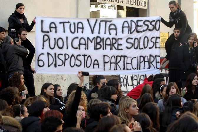 Il sit in degli studenti a Montecitorio (Lapresse)
