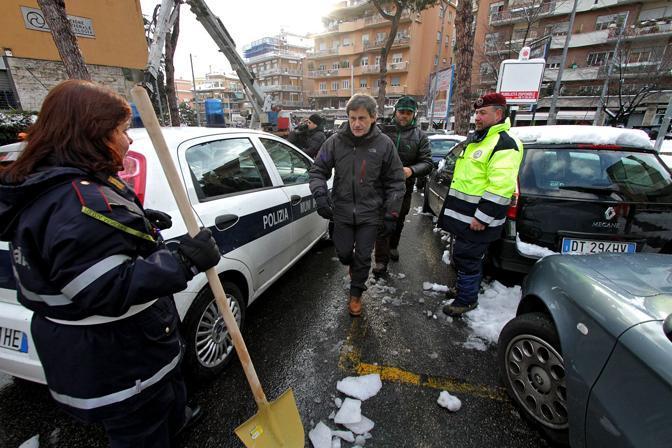 Anche i vigili urbani sono stati molto impegnati nel week end a far fronte ai disservizi creati dalla nevicata dei giorni scorsi