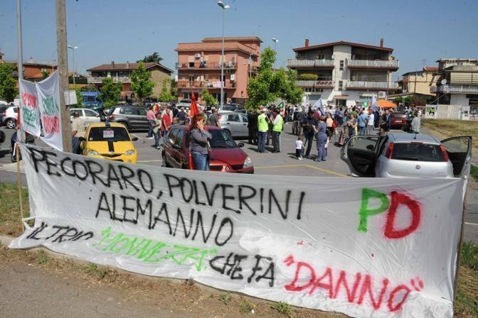 Un'altra immagine della protesta (Mario Proto)