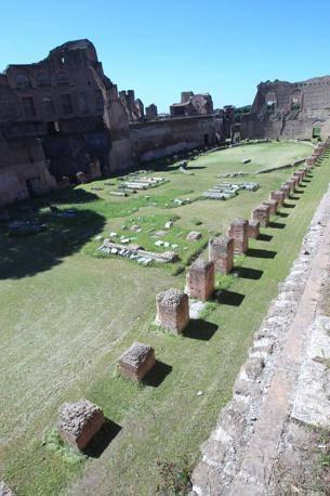 Lo stadio di Augusto (Jpeg)