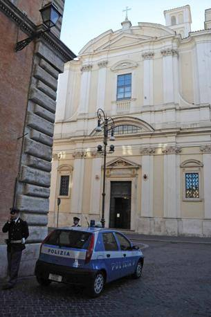 La facciata della Basilica di Sant'Apollinare (Foto Mario Proto)