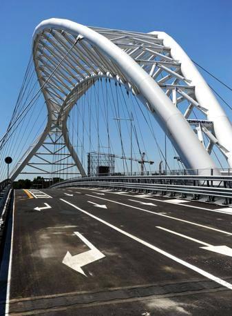 Il nuovo ponte di Garbatella-Ostiense: apre dopo 3 anni di lavori (Jpeg Fotoservizi)