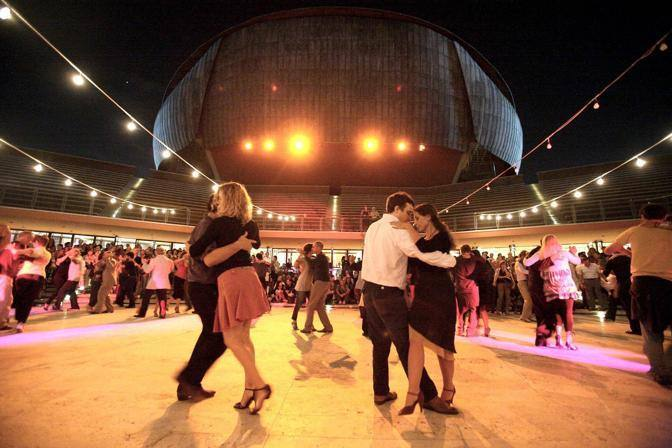 La Cavea dell'Auditorium dove si svolge la milonga gratuita sotto le stelle