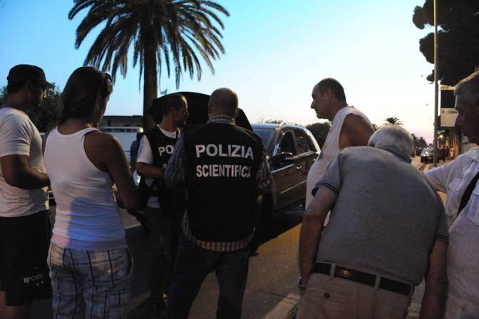 La polizia scientifica sul luogo del delitto (Proto)
