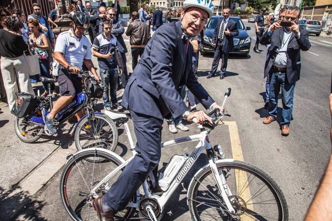 Sindaco a pedali for Bicicletta per tre persone