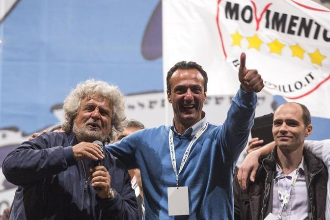 Beppe Grillo e Marcello De Vito, candidato sindaco del Movimento 5 Stelle. Ora Grillo, sull'entrata nella giunta Marino, dice: «Il voto chiesto da De Vito on line non ha alcun valore» (foto Jpeg)