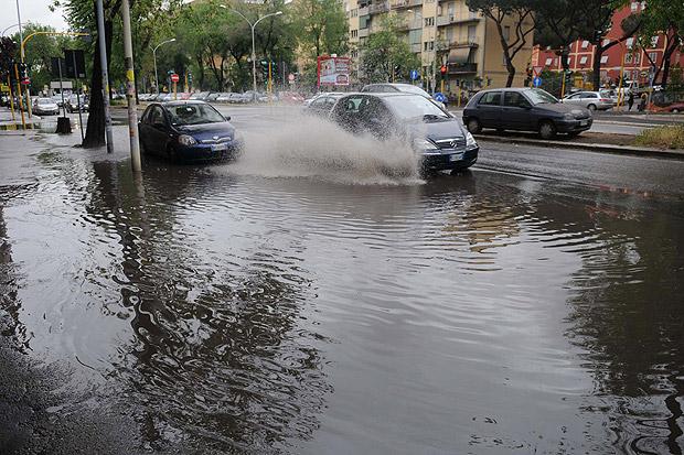 Fiumi d 39 acqua foto del giorno corriere roma - Portano acqua ai fiumi ...