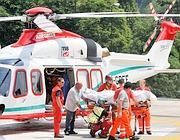 L'elicottero per il trasporto dei feriti (Foto Emmevi)