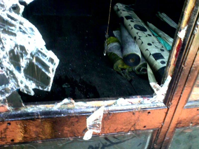 I danni alla discoteca Qube
