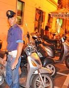 La polizia sul luogo dell'attentato