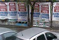 Manifesti per Alemanno sindaco (da Google Street View)