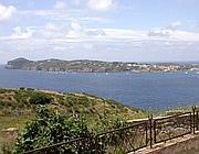 Ventotene vista da Santo Stefano (foto Zanini)