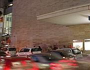 Il parcheggio taxi di via Giolitti dove vengono accalappiati i turisti