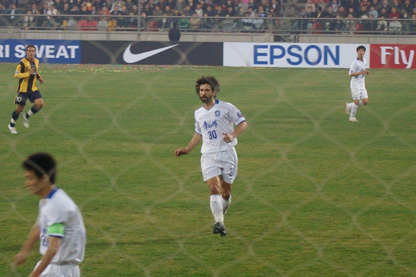 Damiano Tommasi in campo a Pechino