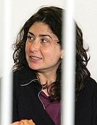 Diana Blefari  in uan foto del 2005 nell'aula bunker di Rebibbia durante l'udienza per l'omicidio di Massimo D'Antona (Ansa)