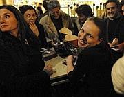 Sigrid Verbert mentre firma copie del suo libro (foto Paolo della Corte/foodrepublic)