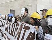 I lavoratori di Eutelia in corteo sabato, tornano in piazza martedì 17
