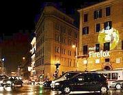 Il logo a piazza Barberini (foto Creative Commons BY-SA 3.0 Italy/Janos/ Very Precise)