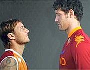 I campioni Totti e Gigli nella locandina della partita