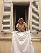 La protesta degli anni scorsi con i lenzuoli bianchi fuori dai balconi