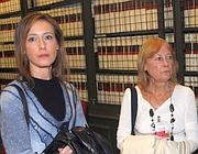 Ilaria e Rita Cucchi, sorella e madre di Stefano (foto Lapresse)