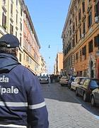 Via dei Sabelli, la strada nel quartiere San Lorenzo dove c'è la sede della setta (Proto)