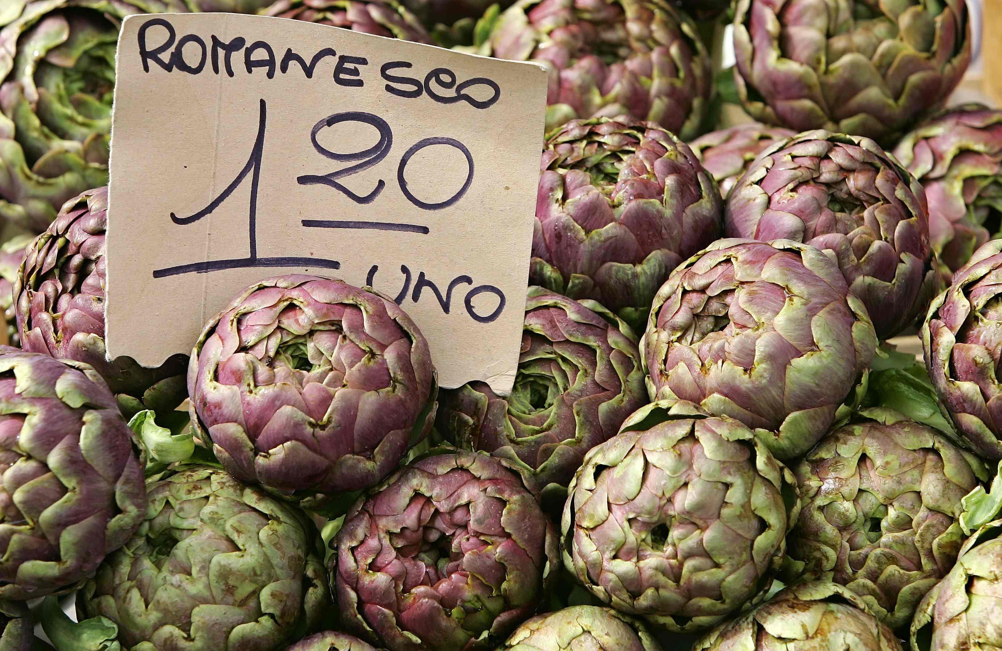 Prezzi in rialzo sui mercati rionali di Roma