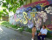 Graffiti nei pressi della stazione Tiburtina (foto Proto)