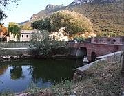 Il «Ponte Rosso» sul canale romano tra lago di Sabaudia e mare (Jpeg)