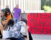 Protesta dei lavoratori del call center Atesia (Ansa)
