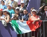 Il pubblico alla festa del 2 giugno 2012  (Ansa)