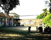 Il cortile del csoa nella ex Snia al Prenestino (Jpeg)