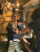 Uno dei sei feriti durante gli scontri (foto Eidon)