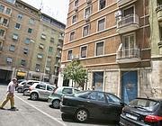 Il condominio di via Torquato abitato da molti trans e dove c'è stato il festino (Eidon)