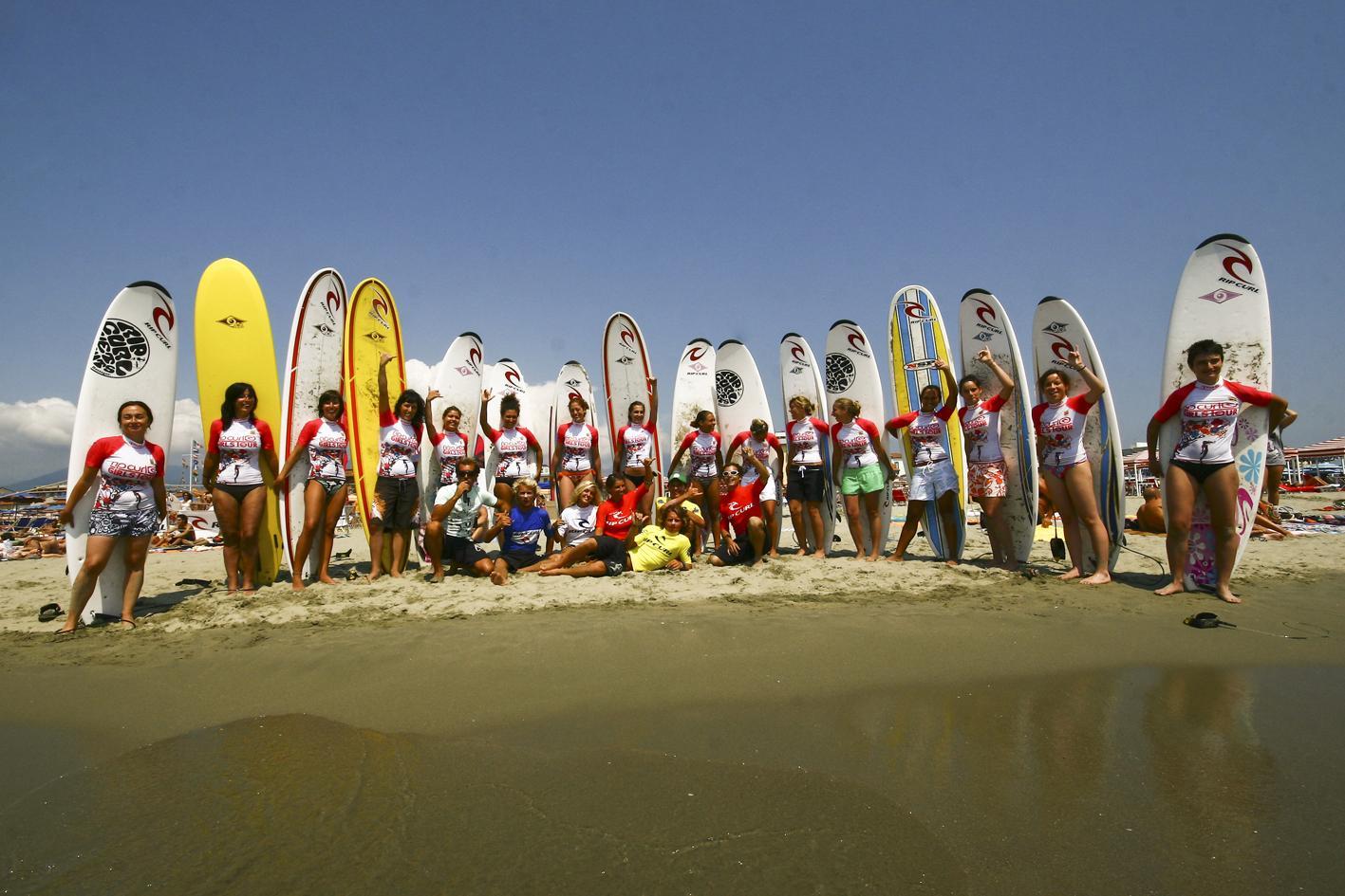 Donne e tavole da surf
