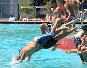 Un tuffo in piscina a roma mica facile corriere roma - Piscina roma tiburtina ...