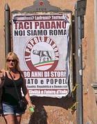 Uno dei manifesti in giro per Roma (Jpeg)