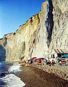 Il costone sopra la spiaggia di Chiaia di Luna (foto Rcs)