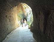 Un'altra immagine del tunnel per Chiaia di Luna