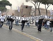 Protesta contro la tessera del tifoso (Ansa)
