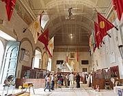 Ultimi ritocchi nell'Aula Giulio Cesare (foto Jpeg)