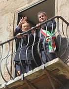 Il presidente Napolitano in Campidoglio con il sindaco di Roma Alemanno (Lapresse)
