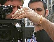 Il regista romano Giuseppe Peronace (a destra)