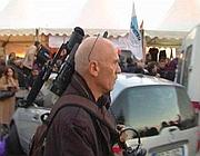 Claudio Lazzaro con la telecamera al corteo del No B day 2009