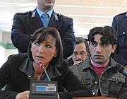 Il romeno Nicolae Mailat con l'interprete al processo per l'omicio di Giovanna Reggiani (Proto)